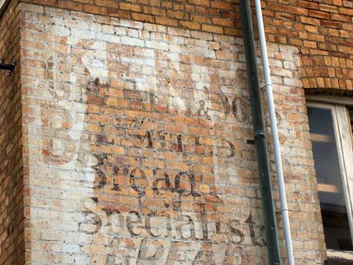 http://www.preserve.co.nz/images/jan2010/ak_bread1.jpg