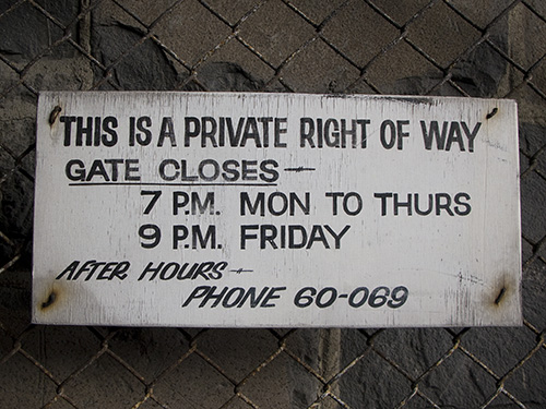 sign-private